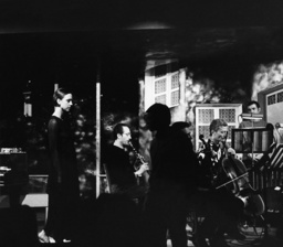 Ensemble Ars Nova bei Proben / Foto 1968 - Ensemble Ars Nova Rehearsing / Photo / 1968 - Ensemble Ars Nova répétant / Photo 1968