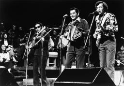 AUSTIN CITY LIMITS, center: Flaco Jimenez, right: Ry Cooder (ca. 1976), 1975-
