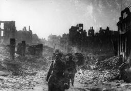 2.WK./Fall v.Königsberg/Sowjetsoldaten. - WW2/Fall of Königsberg/Soviet soldiers -