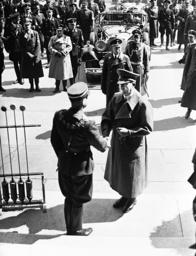 Hermann Neubacher welcomes Adolf Hitler in Vienna, 1938