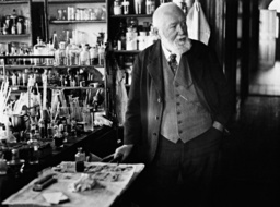 Wilhelm Ostwald in his laboratory, 1931