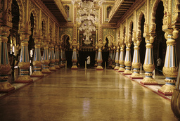 Mysore, Palast Amba Vilas, Audienzsaal / Foto - Mysore, Palace Amba Vilas, Audience Hall / Photo -