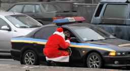 UKRAINE-CURIOSITIES-FATHER FROST-POLICE-FEATURE
