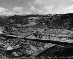 Working class settlements in the vicinity of the Grand Coulee Dam, 1938