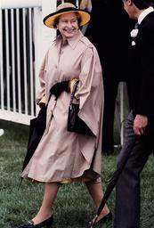 Queen Elizabeth 2 At Epsom