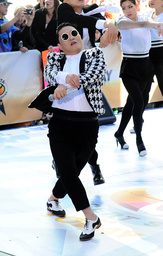 Psy performs on the Today Show - New York