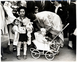 A Group Of German Jewish Refugees Are Pictured Arriving In London After Sailing Half-way Round The World In Search Of A Home In 1939. They Were Some Of Britain''s Share Of 907 Refugees Who Roamed The Seas For Weeks Around The West Indies And American