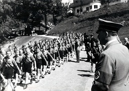Hitler with young people on the Obersalzberg, 1936