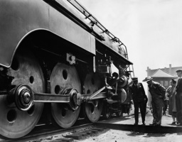 Streamliner during a test drive, 1938