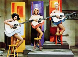 PROMISE HER ANYTHING, from left: Vivienne Ventura, Asa Maynor, Margaret Nolan, 1965