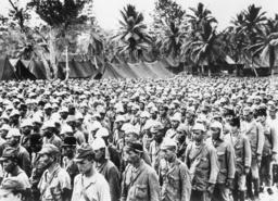 Japanische Kriegsgefangene auf Guam/Foto - Japanese POWs on Guam / WWII / Photo -