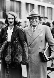 Douglas Fairbanks and his wife Sylvia Ashley in Southampton, 1936