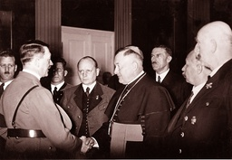 Hitler in Klagenfurt, 1938