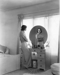 Ida Lupino - 1937