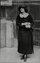 Mabel Russell Actress And Mp Mabel Philipson (1 January 1887 Oo 8 January 1951) Was A British Actress And Politician. She Was The Third Female Member To Serve In The House Of Commons After This Became Legally Possible In 1918 Representing Berwick-upo