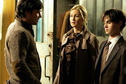 GOSSIP GIRL, from left: Matthew Settle, Kelly Rutherford, Connor Paolo, 'The Magnificent Archibalds'