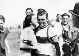 Erich Bautz after his leg victory during the Tour de France, 1937