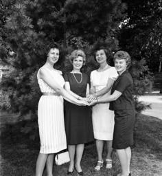 Mary Jo Kennedy, Marvella Bayh, Mrs. William Bray, Linda Jones