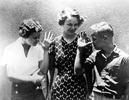 Marlon Brando - 1937