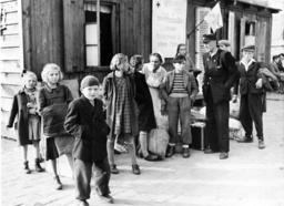 Post-war era - refugee children