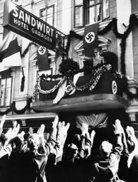 Adolf Hitler in Klagenfurt, 1938