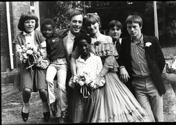 Christopher Timothy Marries Annie Swanston At Chichester Registry Office With His Children Tabatha 11 David 7 Kate 9 Nicholas 15 And Simon 13