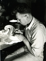 Tierpräparator, USA / Foto 1938 - Taxidermist / USA / Photo / 1938 - Taxidermiste, USA / 1938