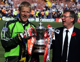 MANCHESTER UNITED'S SCHMEICHEL AND FERGUSON HOLD FA CUP
