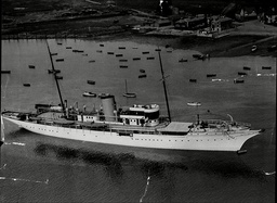 The Yacht Nahlin Owned By Lady Yule Chartered By The King For His Holiday Lying In The River Itchen Southampton.