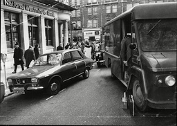 Law Crime Robbery 1972 Exterior Of The National Westminster Bank In Kensington High Street Which Was The Scene Of A Shoot-out Between Shotgun Carrying Bank Raiders And An Armed Police Officer Raiders Escaped With A25 000