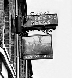 Grafton Hotel Bedford Sign. Truman Brewery Sign. Possible Sighting Of The Train Robbers The Great Train Robbery - A Ii2.6 Million Train Robbery Committed On 8 August 1963 At Bridego Railway Bridge Ledburn Near Mentmore In Buckinghamshire England. The