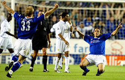LEICESTER CITY'S NALIS CELEBRATES HIS GOAL DURING THEIR ENGLISH PREMIER LEAGUE MATCH AGAINST LEEDS UNITED
