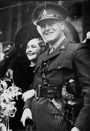 Weddding Of Politician Randolph Churchill To 1st Wife Pamela Digby Randolph Frederick Edward Spencer-churchill Mbe (28 May 1911 A 6 June 1968) Was The Son Of British Prime Minister Winston Churchill And His Wife Clementine. He Was A Conservative Memb