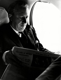 Sir Edward Heath Flies Back To London Airport - 1963 Sir Edward 'ted' Heath Kg Mbe Pc (9 July 1916 ? 17 July 2005) Was A British Conservative Politician Who Served As Prime Minister Of The United Kingdom (1970?74) And As Leader Of The Conservative