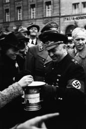 Ley sammelt für Winterhilfswerk/ 1939 - Ley collects for Winter Wel. Org. / 1939 -