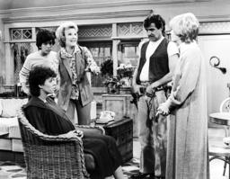 ONE DAY AT A TIME, from left: Mackenzie Phillips, Glen Scarpelli, Nanette Fabray, Pat Harrington, Bo