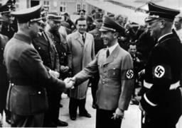 Goebbels trifft in Wien ein 1938 - Goebbels Arrives in Vienna 1938 / Photo -