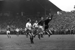 Soccer Bundesliga 1963/64: Preussen Muenster - Hamburger SV 1:1