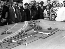 Model of a rest-house on the Reich highway Munich-Salzburg, 1938