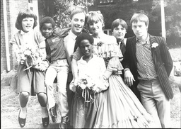 Christopher Timothy Marries Stage Manager Anne Swatton With His Children Left To Right Tabatha 11 Adopted David Seven Adopted Kate Nine Nicholas 15 And Simon 16.