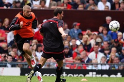 Soccer - FA Charity Shield - Manchester United training