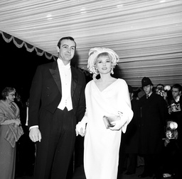 SEAN CONNERY AND WIFE DIANE CILENTO, ROYAL FILM PERFORMANCE OF LORD JIM 16TH FEBUARY 1965.