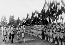 Baldur von Schirach greets Hitler Youth in Fuerth, 1936