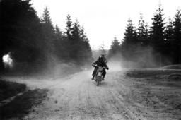 HJ-Motorradgeländefahrt 1936,Pannenhilfe - HJ Motorcycling Tour 1936 / Breakdown -