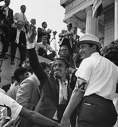 SAMMY DAVIS JNR AT THE 1963 CIVIL RIGHTS MARCH, WASHINGTON, AMERICA - 28 AUG 1963
