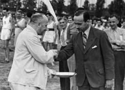 Jüd. Sportwettkampf / Foto 1935 - Jewish sports competition / Photo / 1935 - Rencontre sportive juive / Photo / 1935