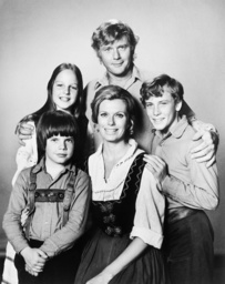 SWISS FAMILY ROBINSON, clockwise from top center: Martin Milner, Willie Aames, Pat Delaney, Eric Ols