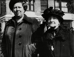 George Haigh Acid Bath Murder Trial. Miss Elizabeth Robbie (left) Manageress Of The Onslow Court Hotel Kensington And Mrs Constance Lane Who Last Saw Victim Olive Durand-deacon At The Hotel.