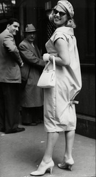 Lesley Mccaskey (now Mrs Patrick Horsley Beresford) Wearing An Italian Sack Dress At Ascot.