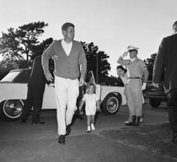 John Kennedy, John Kennedy Jr,